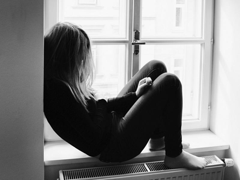 Ученые: Телевизор и соцсети развивают депрессию у подростков