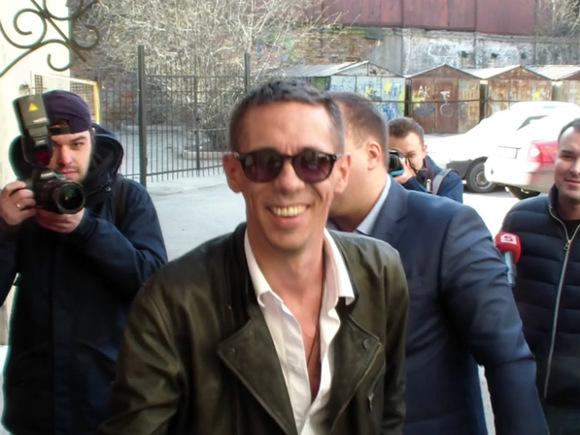 Суд постановил, что дочь Алексея Панина будет жить сним