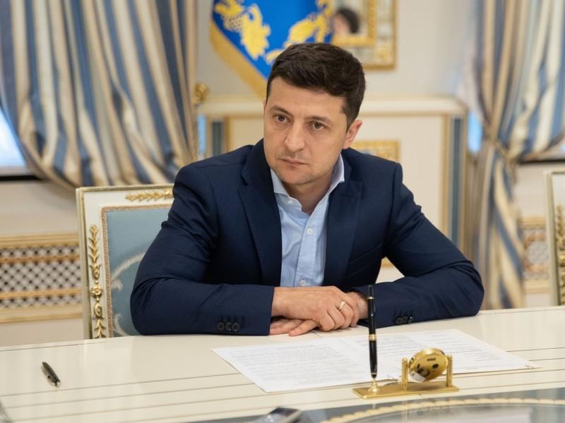 Зеленский заявил об успешном разведении войск у пункта Золотое в Донба
