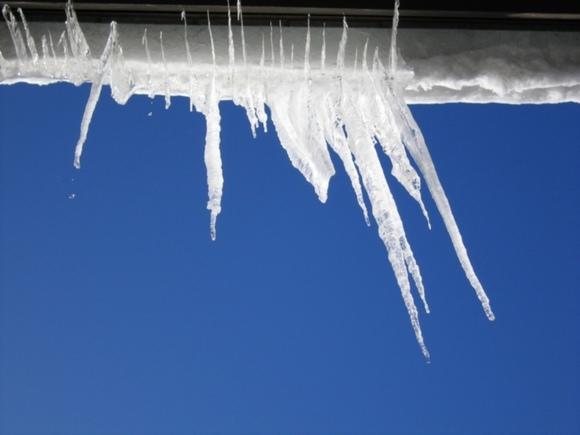 Уборка снега с крыш в самаре