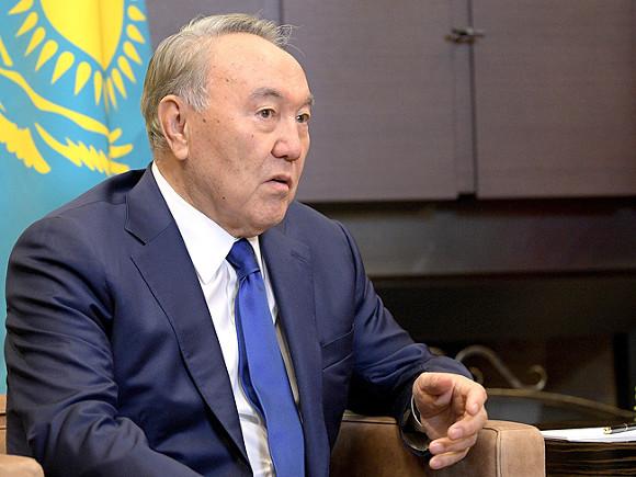 Назарбаев предложил принять меры по отмене торговых барьеров между странами СНГ