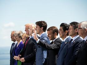 Фото с сайта www.elysee.fr