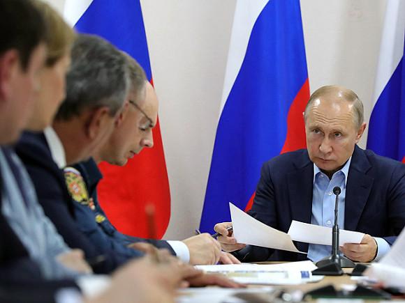 Путин поручил сделать комиссию поликвидации последствийЧС вИркутской области