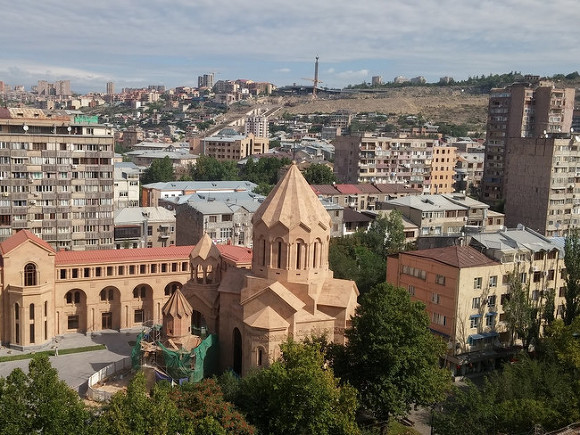 Русского офицера найдено мертвым вгостинице Еревана