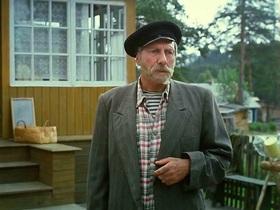 Кадр из фильма «Любовь и голуби» (1984 год)