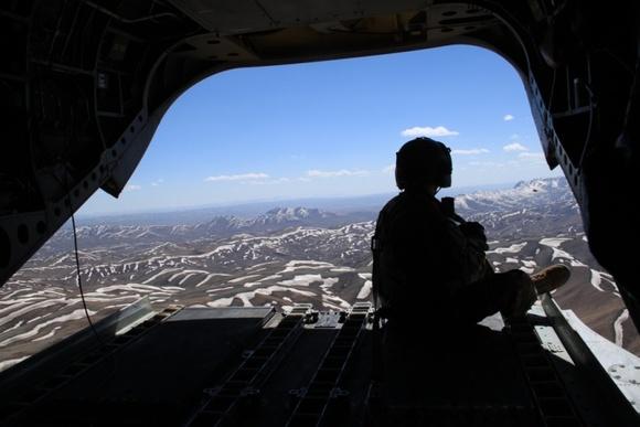 Нетрезвых солдат НАТО задержали затанец вРиге