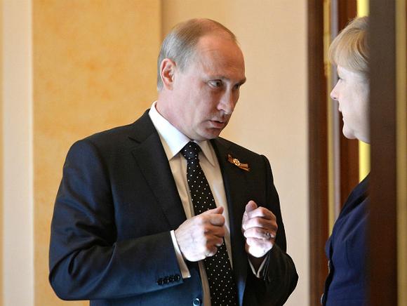 Путин провел переговоры сМеркель опоставках газа вЕС через Украинское государство