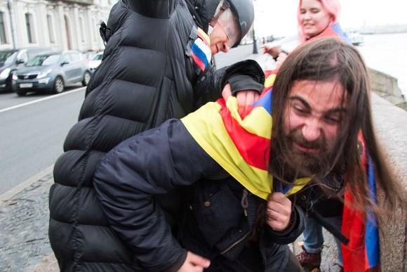 Милиции даны указания действовать строго наакции вПетербурге 7октября