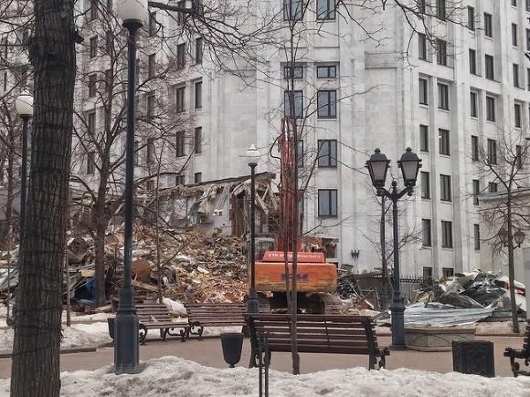 Собственникам снесенного самостроя в российской столице начнут оплачивать компенсации
