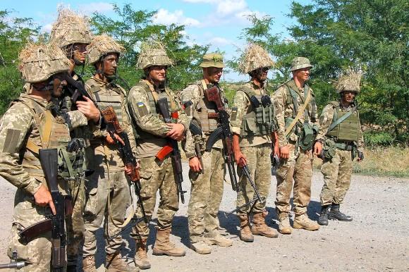 НаЯворивском полигоне военный изревности зарезал женщину-фельдшера