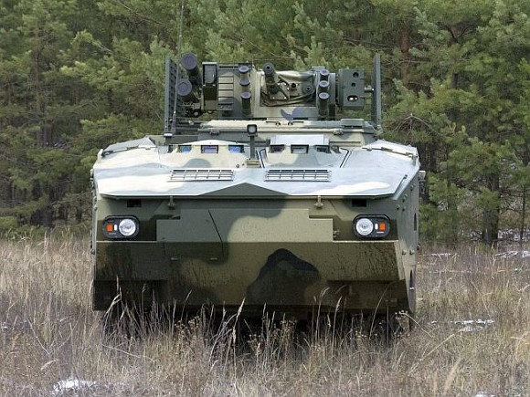 Новый украинский БТР уничтожает противника намаксимальной дальности