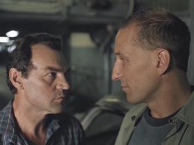 Стоп-кадр из фильма Павла Лунгина «Такси-блюз»