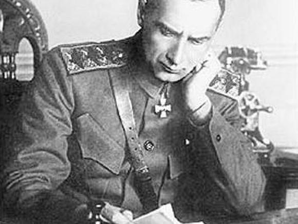 ВПетербурге установили памятную доску вчесть адмирала Колчака
