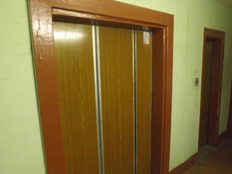 В лифте дома в столице нашли мертвеца