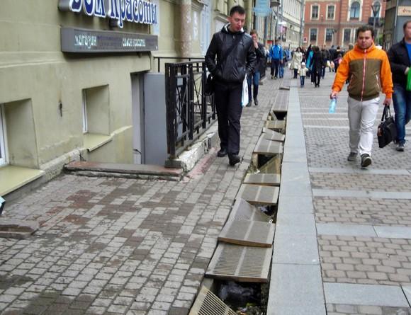 Движение транспорта на Бульварном кольце и Таганской улице сузят еще на одну полосу