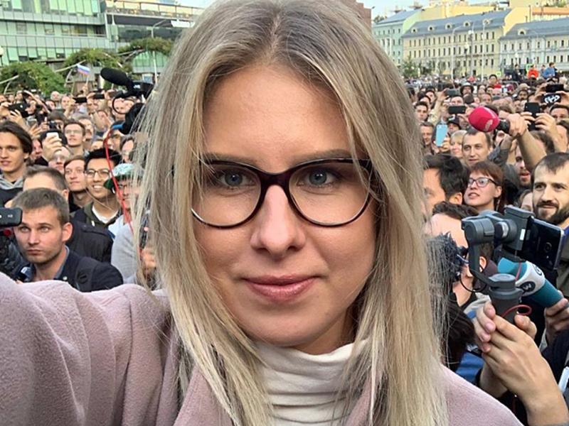 Суд в Москве зарегистрировал пять исков к оппозиционерам Соболь и Албу