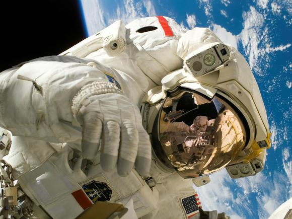Ученые  хотят погружать астронавтов всон для долгих  перелетов