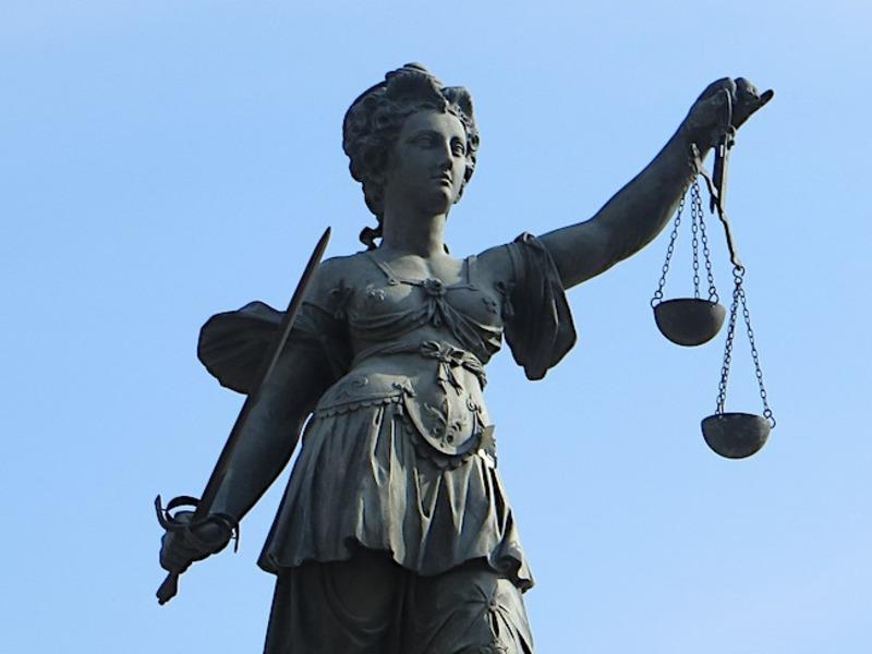 Прокуроры 14 штатов попросили и. о. генпрокурора США отказаться от над
