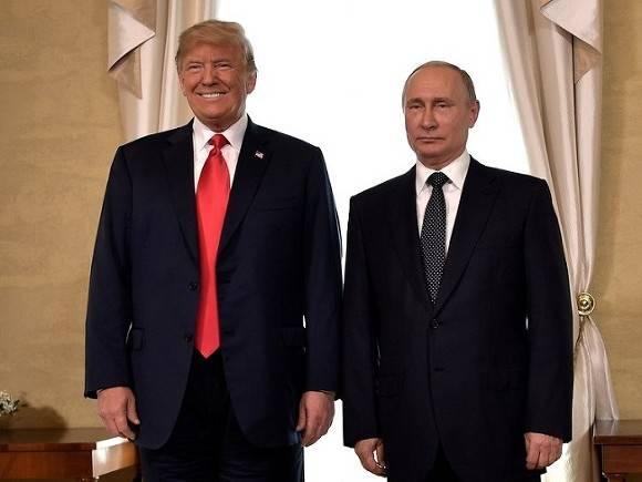 Трамп усомнился, что у РФ есть компромат нанего