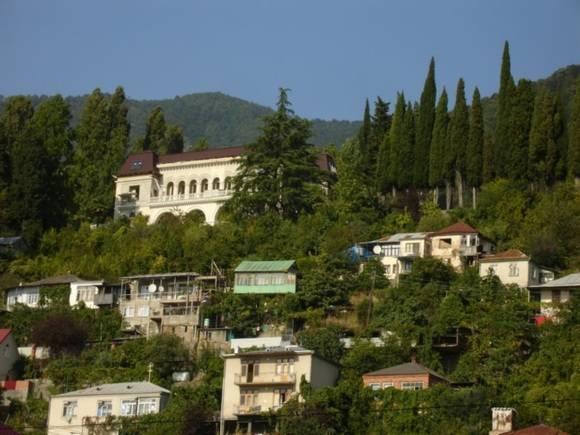 Абхазия ввела визы для стран, которые еенепризнали