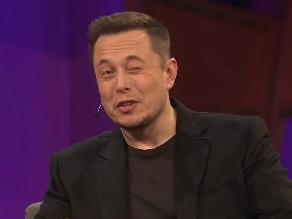 Акции Tesla упали на7%, снова виноват Маск