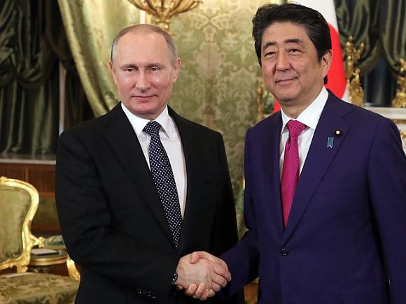 Стали известны результаты переговоров В.Путина  иАбэ