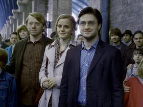 Стоп-кадр из фильма «Гарри Поттер и проклятое дитя»