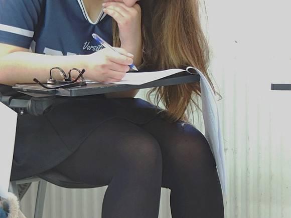 Секс со школницой видео фото 753-594