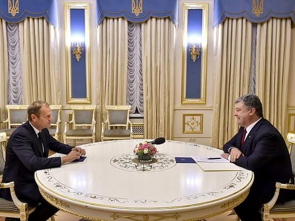 Порошенко иТуск обсудили санкции против Российской Федерации иМинские соглашения