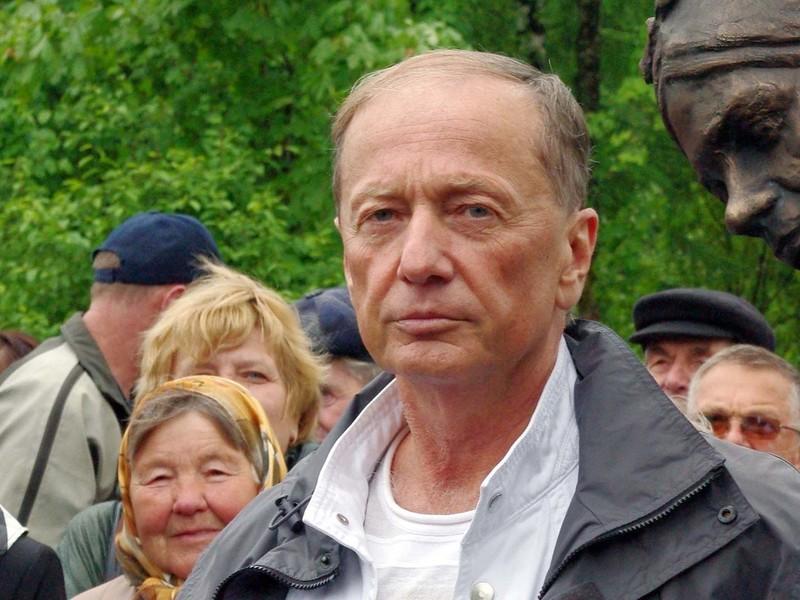 Сестра и жена умершего Михаила Задорнова срочно госпитализированы