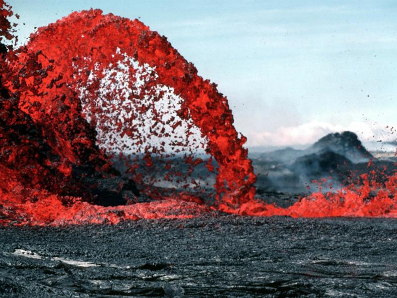 В Новой Зеландии до 16 выросло число погибших при извержении островног