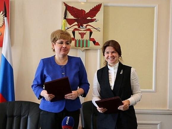 Наталья Жданова и Елена Безденежных