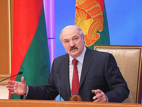 Трамп для Российской Федерации неподарок— Лукашенко