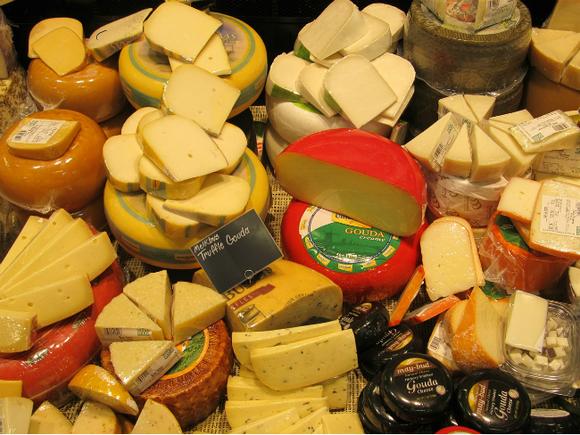 Сыр сплесенью продлевает жизнь, доказали учёные
