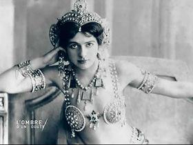 Кадр из фильма La Coupable idéale Mata Hari