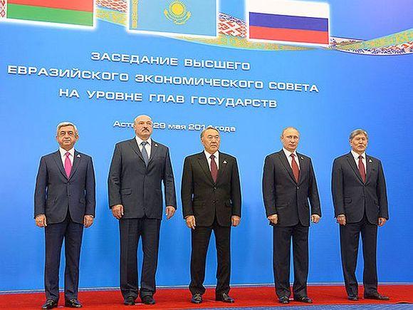 Замминистра торговли: Узбекистан несобирается вступать вЕврАзЭС и пограничный союз
