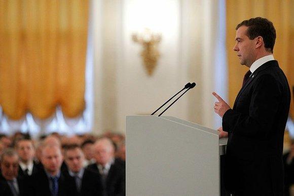 Медведев увеличил валютную поддержку Чувашии до1,5 млрд руб.
