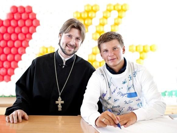 Первосвященника Грозовского доставят вПетербург 17сентября