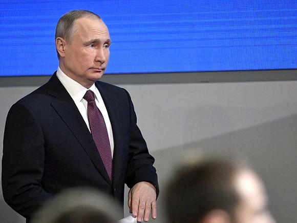 Путин: Бюджет рассчитан нацену нефти в40 долларов