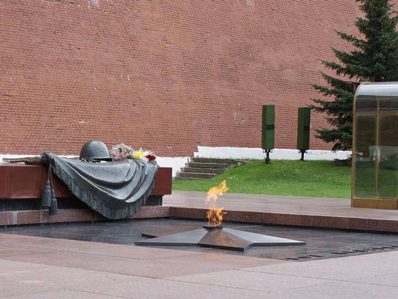 Вечный огонь проверят коДню Защитника Отечества