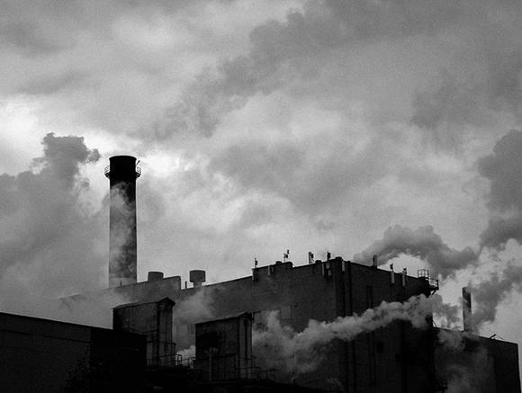 Минэкологии Подмосковья наказало рублем производителей из Истры за загрязнение воздуха