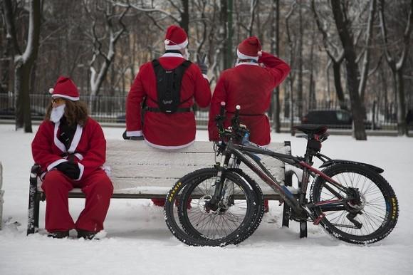 Велопробег Дедов Морозов и Снегурочек