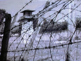 Кадр из фильма Скрытая история Прибалтики. Концлагерь.