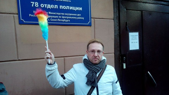 Про жизни московских гей шоуменов