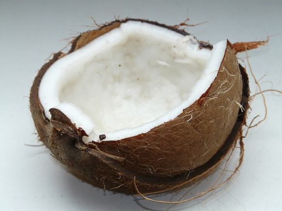 Индиец разбил 124 кокоса за47 секунд