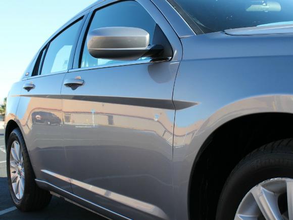 Автомобильный рынок рухнул на треть