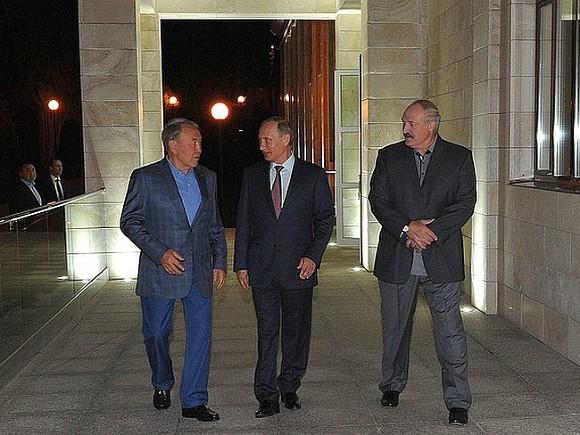 Мыдружны, хоть иссоримся— Лукашенко оПутине