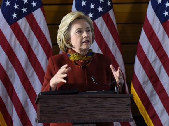 Клинтон одолела накокусах вНеваде