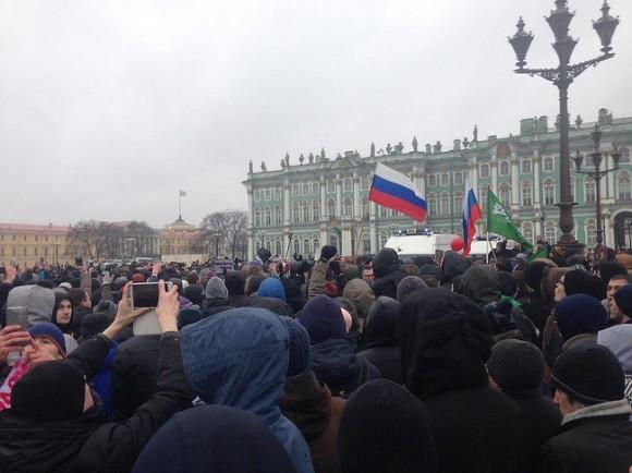 Около 3 тыс. человек приняли участие внесанкционированной акции вПетербурге— МВД
