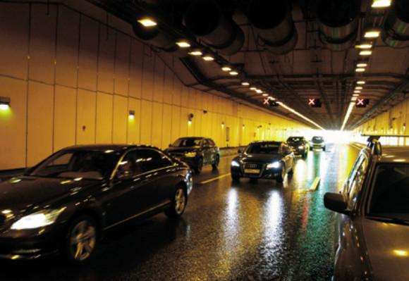 Ремонт вНевском отсеке тоннеля дамбы вПетербурге продлили до28мая